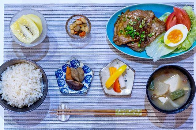 本日の社員食堂 #豚肉の生姜焼き
